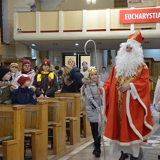 Św. Mikołaj odwiedza naszą parafię